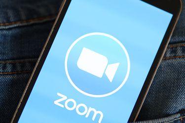 """Ansiedad, timidez y agotamiento: científicos advierten de las secuelas de la llamada """"fatiga de Zoom"""""""