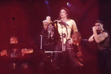 MICHAEL JACKSON 004_preview_maxWidth_1600_maxHeight_1600