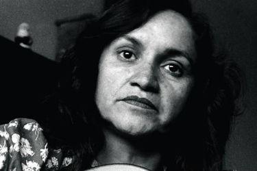 De Violeta Parra a la voz de Patricio Manns, Inti Illimani y Los Bunkers: el largo camino de La exiliada del sur