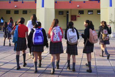ComunidadMujer alerta sobre alza de deserción escolar en las estudiantes por efecto del Covid