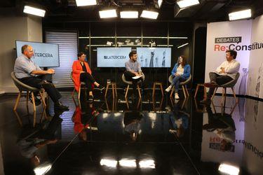 ¿Más derechos sociales?: así fue el debate entre Jorge Insunza, Beatriz Sánchez, Constanza Hube y Francisco Moreno