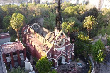 El cabo dado de baja fue detenido en las inmediaciones de la iglesia de Carabineros. Fue formalizado por desórdenes y ahora debe firmar cada dos meses.