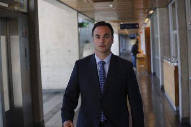 ALDO MOTTA era el único formalizado por el Ministerio Público en la arista penal del caso Cascada. SEBASTIAN BROGCA / LA TERCERA
