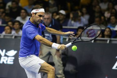 Roger Federer vs Alex (4295862)