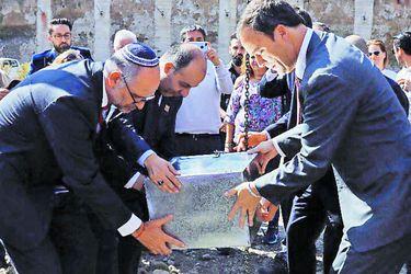 Musulmanes y judíos comparten espacio en Santiago