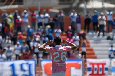 La UC va al acecho de Colo Colo y la U cae en picada: el infartante fin de semana de los grandes del fútbol chileno