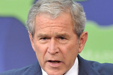 """Expresidente Bush insta a EE.UU. a pensar en sus """"fracasos"""" y dar fin al """"racismo sistémico"""""""