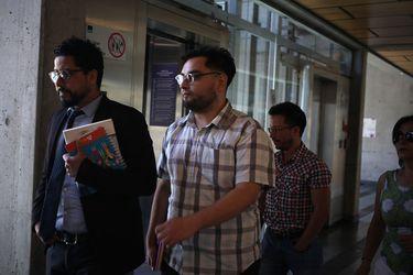 Fiscalía pide 8 años de cárcel para profesor imputado por daños en estación de Metro