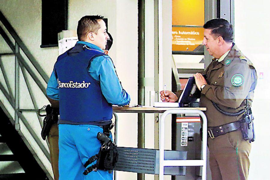 Imagen Robo a Sucursal de Bancoestado de Lo (42197788)