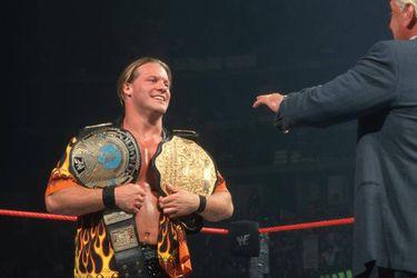 Chris Jericho corrigió a Conor McGregor sobre la identidad del primer doble campeón de la WWE