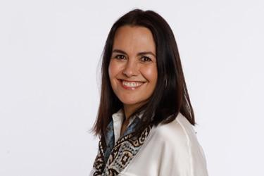 Camila Merino, la candidata que dio la sorpresa y venció a Zalaquett y Del Real en las primarias de Vitacura