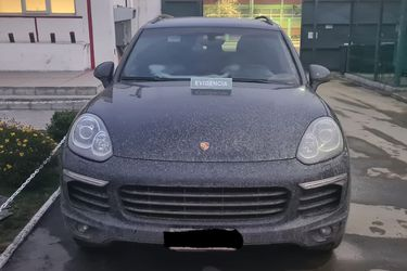 Carabineros recupera automóvil de alta gama robado en encerrona en Conchalí