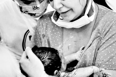 Partos en pandemia: El riesgo y los miedos de las mujeres en las maternidades