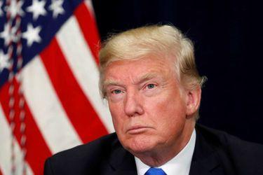 """Trump acusa de """"quizás ilegal"""" grabación sin su conocimiento sobre pago a exmodelo"""