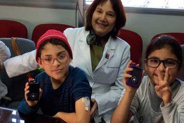 Entregan las primeras bombas de insulina a tres niños por Ley Ricarte Soto