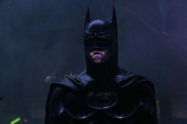 Marc Bernardin asegura que efectivamente existiría una versión más larga y más oscura de Batman Forever