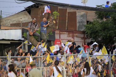 Llega el Papa Francisco a la Parroquia San Luis beltran