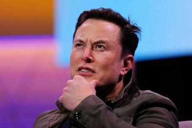 Elon Musk, el jefe de Tesla, pide el desmembramiento de Amazon y emplaza a Jeff Bezos por Twitter