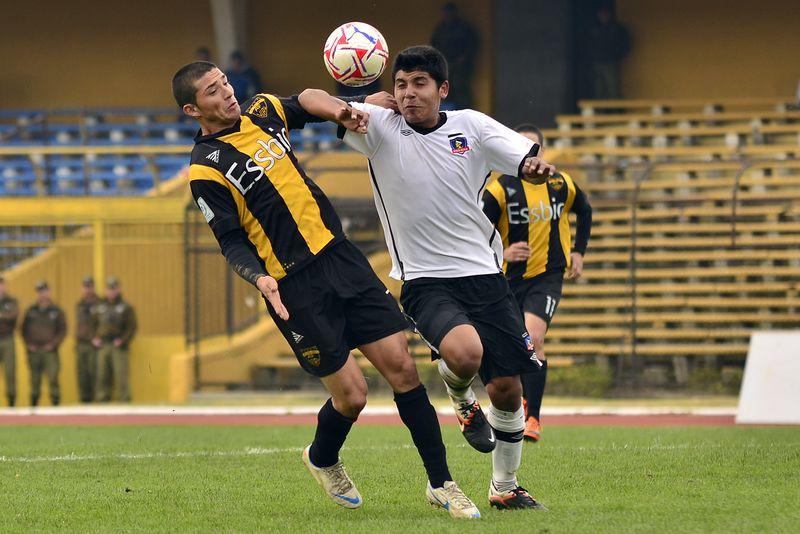Colo Colo participó del primer torneo de Segunda División, en 2012, con un equipo filial, que derrotó por 1-2 a Fernández Vial, el 11 de junio.