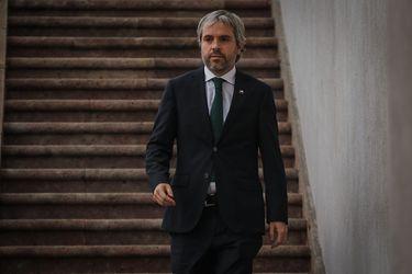 """Blumel asegura que informó a Durán que no se prolongaría la cuarentena en Independencia: """"Me extrañó la crítica que él hace"""""""