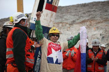 A 10 años del accidente de los 33 mineros: el impacto en Chile de la tragedia que se convirtió en milagro