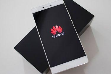 """Huawei reconoció que su negocio """"se verá inevitablemente afectado"""" por la nueva traba impuesta por Estados Unidos"""