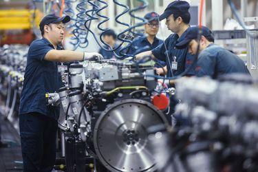 La economía china creció a su ritmo más lento en un año debido a la escasez de energía