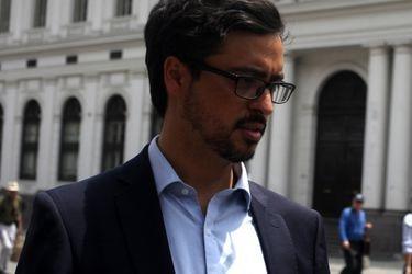 Tomás Ramírez, el abogado de la Defensoría Jurídica de la U. de Chile que asume la defensa de Rojas Vade