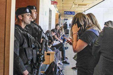 Gobierno se querella por delito de tenencia de arma y municiones contra dos imputados de caso AK-47