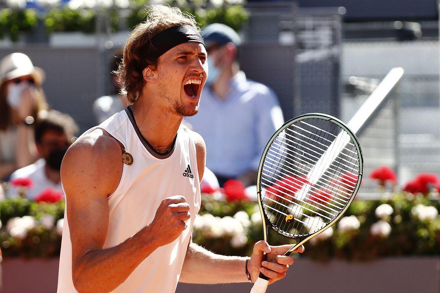 Alexander Zverev se enfrentará a Dominic Thiem en las semifinales del Masters 1000 de Madrid tras superar a Rafael Nadal en los cuartos de final.