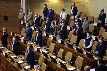 Retiro de fondos de pensiones: 13 diputados de Chile Vamos votaron a favor de legislar el proyecto y 30 se abstuvieron