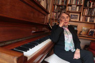 Las cartas al director y las confesiones políticas de Sylvia Soublette