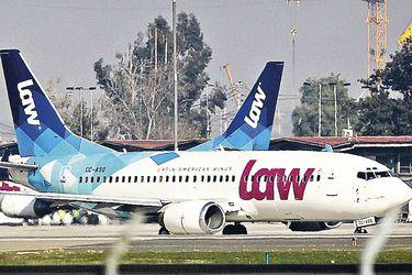 Autoridad aérea admite que no tiene facultades para sancionar a Law por cancelación de vuelos