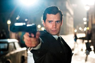 A Henry Cavill le encantaría interpretar a James Bond