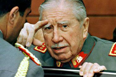 """Biógrafo español de Allende y Pinochet: """"La dictadura de Pinochet tuvo la capacidad de instalar un proyecto político y económico que ha perdurado hasta hoy"""""""