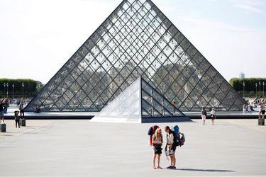 ieoh-ming-pei-piramide-louvre