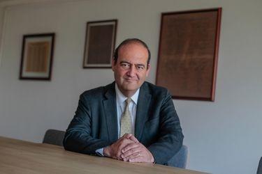 Estudio Carey ficha al abogado constitucionalista Patricio Zapata para liderar área de Derecho Público