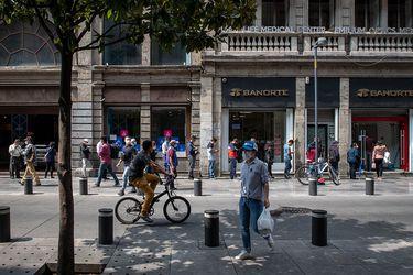 """México supera las diez mil muertes por coronavirus en medio de plan hacia """"nueva normalidad"""""""
