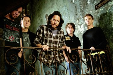 Pearl Jam anuncia tour junto a Pixies