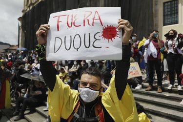 Denuncian a presidente Duque ante la Corte Penal Internacional y la ONU por delitos de lesa humanidad durante protestas en Colombia