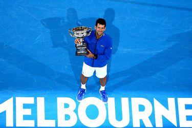 Djokovic le exige igualdad al Australian Open y los jugadores aislados siguen aumentando