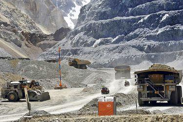 Sequía en Chile sigue golpeando la producción de mina estrella de cobre de Anglo American