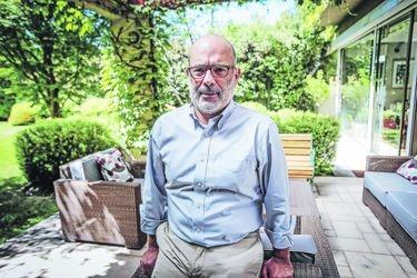 """Rodrigo Valdés: """"La estrategia del gobierno, de enviar su propio proyecto del 10%, no elimina el riesgo de nuevos retiros"""""""
