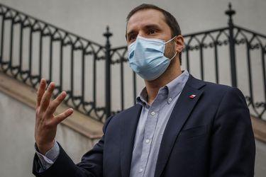 """Bellolio por interpelación al ministro Paris: """"Se quiere hacer un punto político (...) No han sabido cómo seguir pegándole al gobierno"""""""