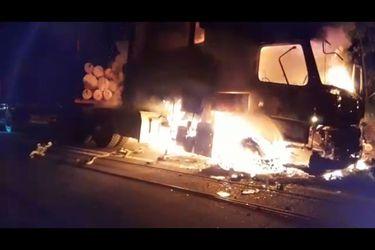 Ataque incendiario deja tres camiones destruidos en Nueva Imperial