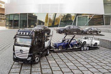 ¿Amante de los autos a escala? Mercedes-Benz presenta su camión más pequeño