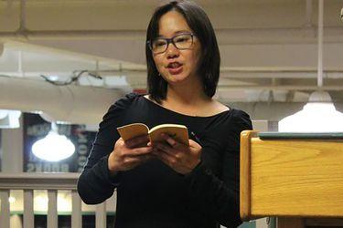 Lily Hoang en castellano: se publica Un bestiario en edición nacional