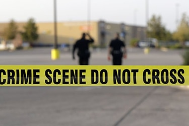 Policía mata a hombre que abrió fuego en aeropuerto de Texas