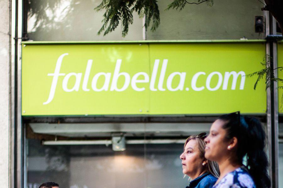 Falabella ha sido una de las firmas que ha registrado transacciones de acciones de relacionados a la firma.