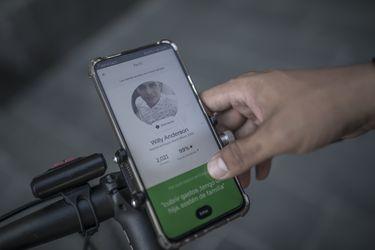 Las historias detrás de quienes dan vida a Uber en Chile